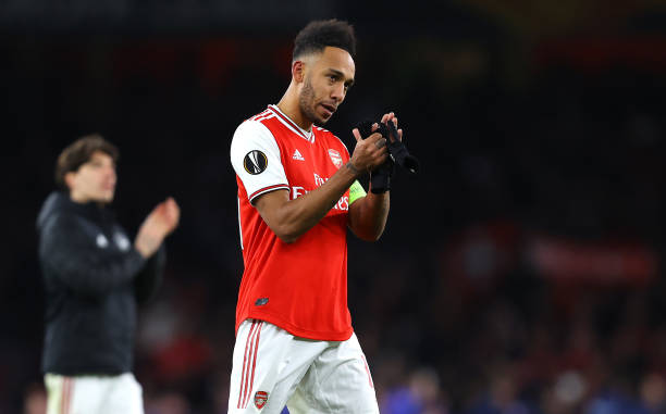 Pierre-Emerick Aubameyang of Arsenal FC acknowledges the fans after the UEFA Europa League round of 32 second leg match between Arsenal FC and Olympiacos FC at Emirates Stadium on February 27, 2020 in London, United Kingdom.