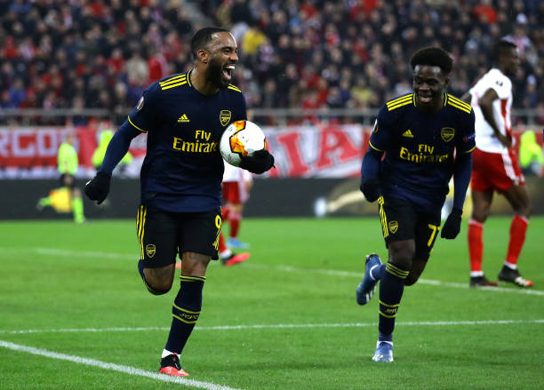 Alexandre Lacazette of Arsenal celebrates after scoring his teams first goal during the UEFA Europa League round of 32 first leg match between Olympiacos FC and Arsenal FC at Karaiskakis Stadium on February 20, 2020 in Piraeus, Greece.