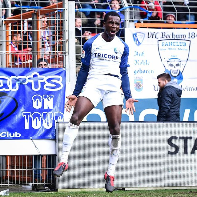 Jordi Osei-Tutu celebrates his goal (Photo via VfL Bochum on Instagram)