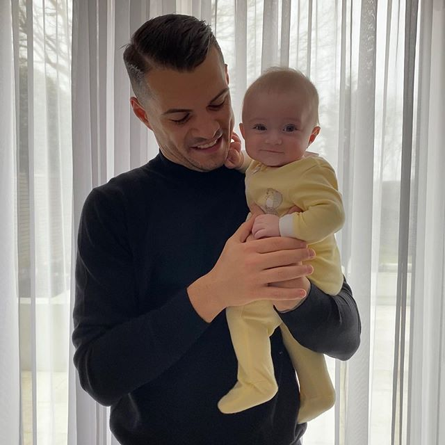 Granit Xhaka with his daughter (Photo via Xhaka on Instagram)