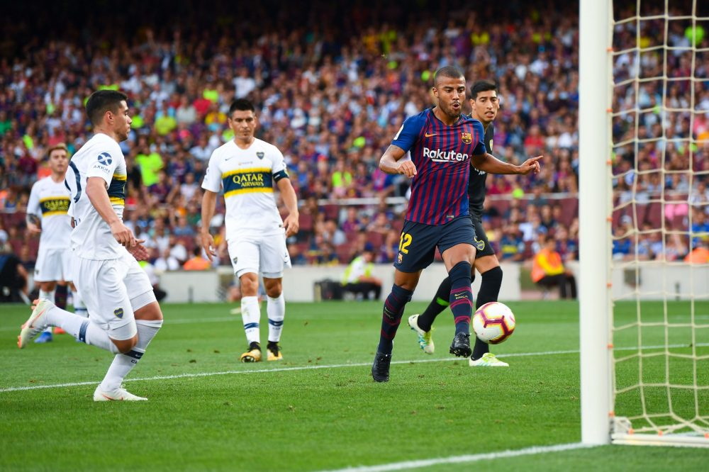 BARCELONA, SPAIN - AUGUST 15:  Rafinha Alcantara of FC Barcelona scores his team's third goal during the Joan Gamper Trophy match between FC Barcelona and Boca Juniors at Camp Nou on August 15, 2018 in Barcelona, Spain.  (Photo by David Ramos/Getty Images)
