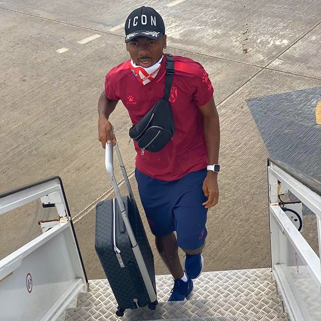 Kelechi Nwakali travelling to Malaga (Photo via Nwakali on Instagram)