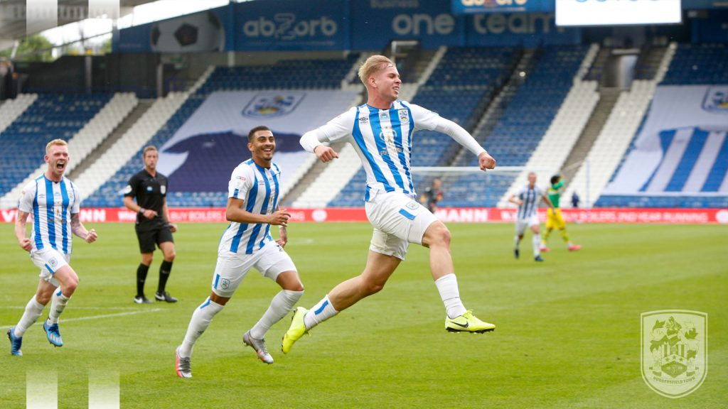 Emile Smith Rowe celebrating scoring for Huddersfield Town (Photo via HTAFC on Twitter)