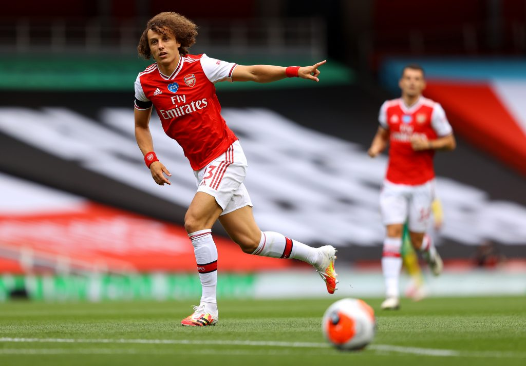 LONDON, ENGLAND - JULY 01: David Luiz of Arsenal gives instructions during the Premier League match between Arsenal FC and Norwich City at Emirates Stadium on July 01, 2020 in London, England. Football Stadiums around Europe remain empty due to the Coronavirus Pandemic as Government social distancing laws prohibit fans inside venues resulting in all fixtures being played behind closed doors. (Photo by Richard Heathcote/Getty Images)