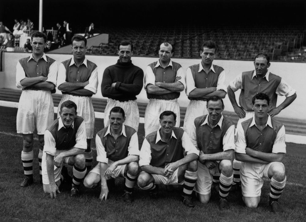15th August 1952: Arsenal footballers, (back row, from left), Ray Daniel, Don Roper, G Swindon, W Barnes, Doug Lishman and Freddie Cox, (front row, from left), A Forbes, J Logie, Joe Mercer, L Smith and Cliff Holton. (Photo by Reg Speller/Fox Photos/Getty Images)