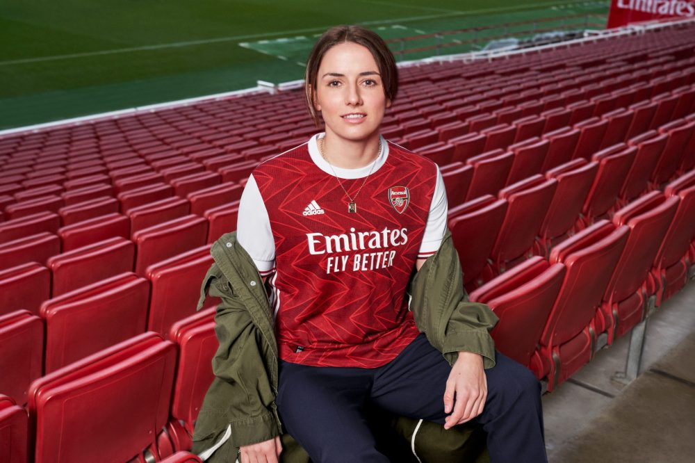 Leah Williamson in Arsenal's new kit via Arsenal.com