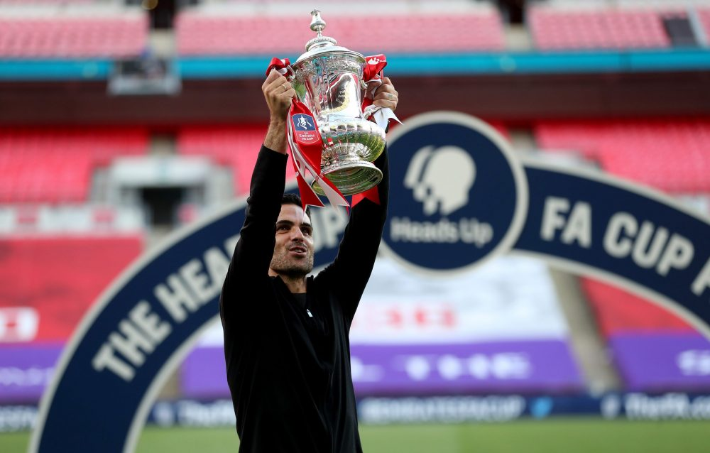 LONDON, ENGLAND - AUGUST 01: Mikel Arteta, Manager of Arsenal lifts the FA Cup Trophy after his teams victory in the Heads Up FA Cup Final match between Arsenal and Chelsea at Wembley Stadium on August 01, 2020 in London, England. (Photo by Catherine Ivill/Getty Images)