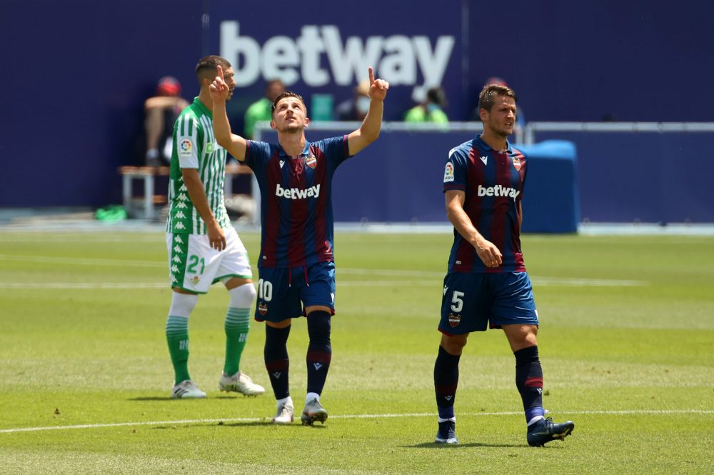 LA NUCIA, SPAIN - JUNE 28: Enis Bardhi of Levante UD celebrates after scoring his sides second goal during the La Liga match between Levante UD and Real Betis Balompie at Estadi Olimpic Camilo Cano on June 28, 2020 in La Nucia, Spain. (Photo by Angel Martinez/Getty Images)