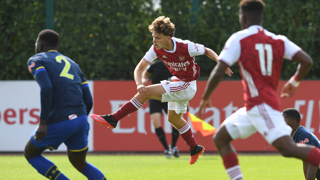 ST ALBANS, ENGLAND - SEPTEMBER 11: Ben Cottrell of Arsenal during the Premier League 2 match between Arsenal U23 and Southampton U23 at London Colney on September 11, 2020 in St Albans, England. (Photo by David Price/Arsenal FC via Getty Images)