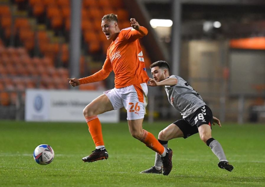 Daniel Ballard on his debut with Blackpool (Photo via BlackpoolFC.co.uk)