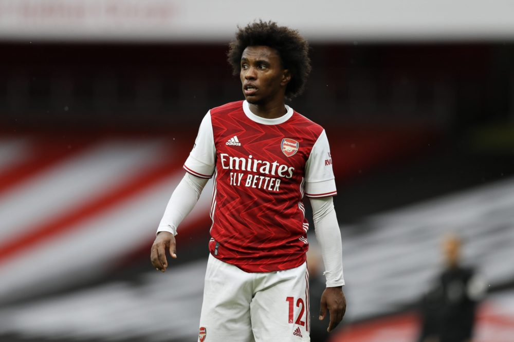 LONDON, ENGLAND - OCTOBER 04: Willian of Arsenal looks on during the Premier League match between Arsenal and Sheffield United at Emirates Stadium on October 04, 2020 in London, England. Sporting stadiums around the UK remain under strict restrictions due to the Coronavirus Pandemic as Government social distancing laws prohibit fans inside venues resulting in games being played behind closed doors. (Photo by Kirsty Wigglesworth - Pool/Getty Images)