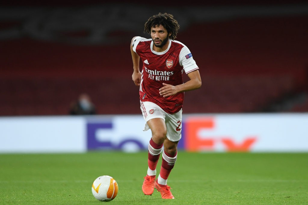 LONDON, ENGLAND - OCTOBER 29: Mohamed Elneny of Arsenal in action during the UEFA Europa League Group B stage match between Arsenal FC and Dundalk FC at Emirates Stadium on October 29, 2020 in London, England. Sporting stadiums around the UK remain under strict restrictions due to the Coronavirus Pandemic as Government social distancing laws prohibit fans inside venues resulting in games being played behind closed doors. (Photo by Mike Hewitt/Getty Images)