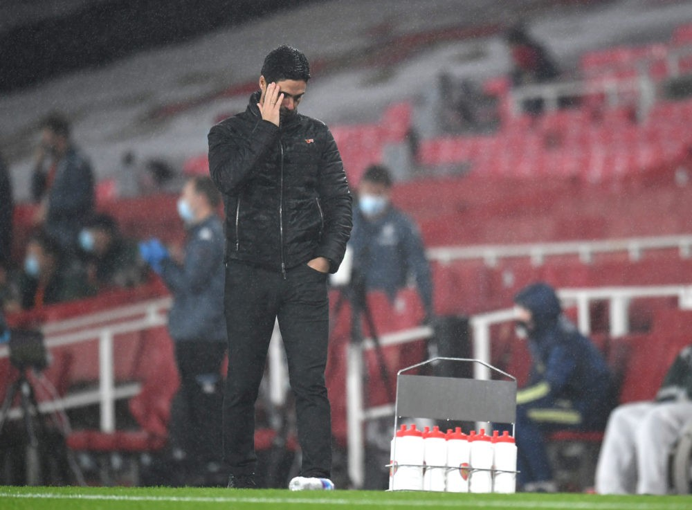 LONDON, ENGLAND - NOVEMBER 08: Mikel Arteta, Manager of Arsenal looks dejected during the Premier League match between Arsenal and Aston Villa at Emirates Stadium on November 08, 2020 in London, England. Sporting stadiums around the UK remain under strict restrictions due to the Coronavirus Pandemic as Government social distancing laws prohibit fans inside venues resulting in games being played behind closed doors. (Photo by Andy Rain - Pool/Getty Images)