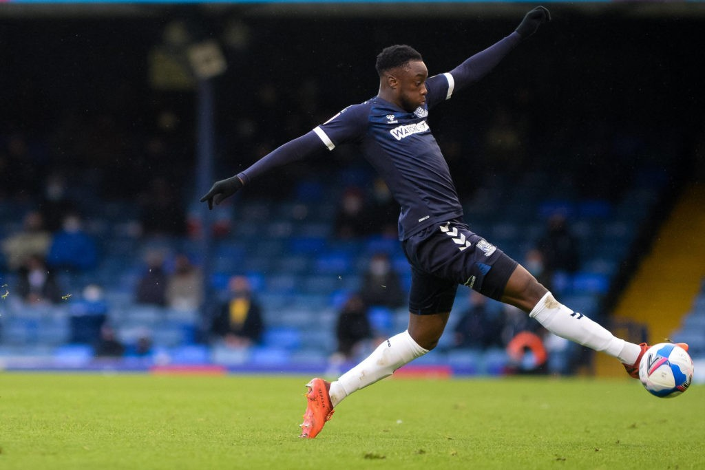 James Olayinka controls the ball during the EFL Sky Bet League 2 match between Southend United and Scunthorpe United at Roots Hall, Southend, England on 12 December 2020. Copyright: Luke Broughton