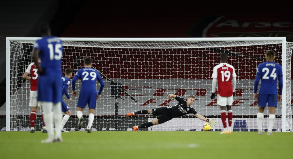 LONDON, ENGLAND: Jorginho of Chelsea has his penalty saved by Bernd Leno of Arsenal during the Premier League match between Arsenal and Chelsea at Emirates Stadium on December 26, 2020. (Photo by Andrew Boyers - Pool/Getty Images)