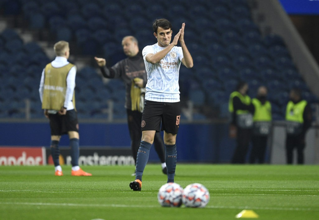 PORTO, PORTUGAL: Eric Garcia of Manchester City applauds as he warms up prior to the UEFA Champions League Group C stage match between FC Porto and Manchester City at Estadio do Dragao on December 01, 2020. (Photo by Octavio Passos/Getty Images)