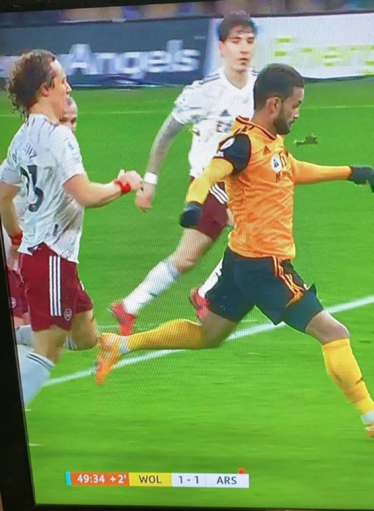 Only happens to Arsenal - David Luiz vs Wolves