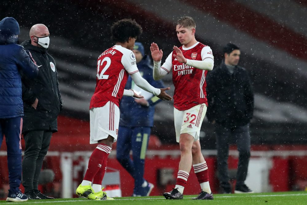 LONDON, ENGLAND - FEBRUARY 14: Willian of Arsenal comes on to replace Emile Smith Rowe of Arsenal during the Premier League match between Arsenal and Leeds United at Emirates Stadium on February 14, 2021 in London, England. Sporting stadiums around the UK remain under strict restrictions due to the Coronavirus Pandemic as Government social distancing laws prohibit fans inside venues resulting in games being played behind closed doors. (Photo by Catherine Ivill/Getty Images)