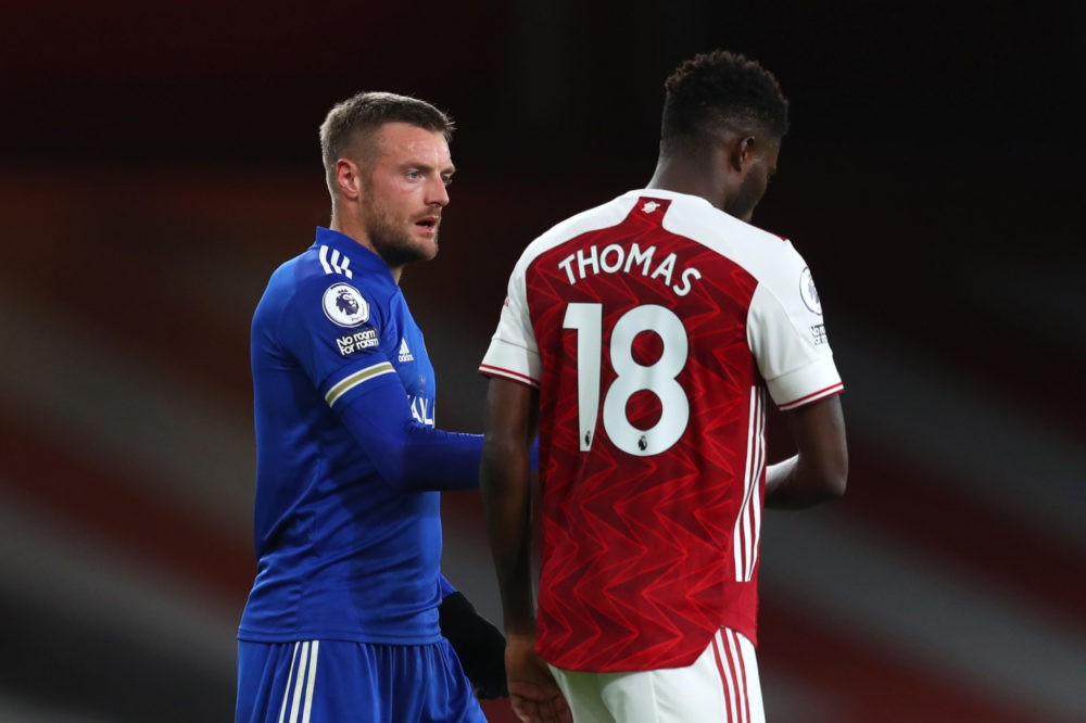 LONDON, ENGLAND - OCTOBER 25: Jamie Vardy of Leicester City speaks to Thomas Partey of Arsenal following the Premier League match between Arsenal and Leicester City at Emirates Stadium on October 25, 2020 in London, England. Sporting stadiums around the UK remain under strict restrictions due to the Coronavirus Pandemic as Government social distancing laws prohibit fans inside venues resulting in games being played behind closed doors. (Photo by Catherine Ivill/Getty Images)