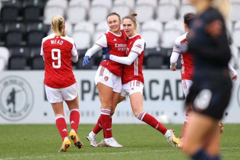 BOREHAMWOOD, ENGLAND - FEBRUARY 07: Caitlin Foord of Arsenal celebrates with team mate Vivianne Miedema and Beth Mead after scoring their side's first goal during the Barclays FA Women's Super League match between Arsenal Women and Manchester City Women at Meadow Park on February 07, 2021 in Borehamwood, England. Sporting stadiums around the UK remain under strict restrictions due to the Coronavirus Pandemic as Government social distancing laws prohibit fans inside venues resulting in games being played behind closed doors. (Photo by Richard Heathcote/Getty Images)