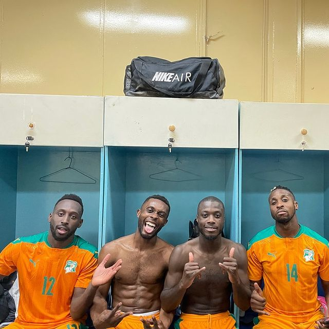 Nicolas Pepe celebrating with his Ivory Coast teammates (Photo via Pepe on Instagram)