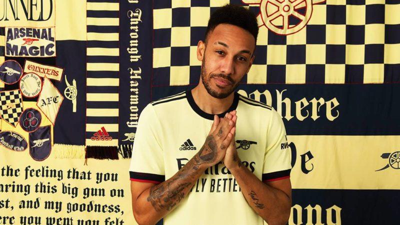 arsenal away shirt 2021-22 aubameyang