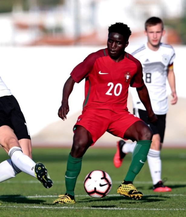 Matchoi Djalo with a Portugal youth team (Photo by Filipe Farinha/Getty Images for DFB)