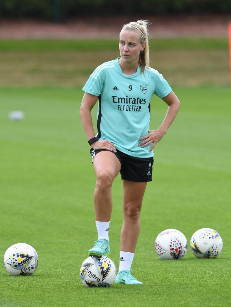 Beth Mead in training via Arsenal