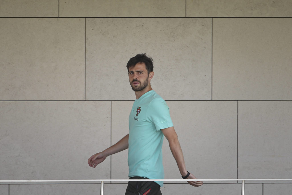 EURO 2021, Nationalteam Portugal Training Training of the AA selection of Portugal Oeiras, 06/10/2021 - Training for the Portuguese AA soccer team that took place this afternoon at Cidade do Futebol in Jamor, to prepare for EURO 2020. Bernardo Silva Credit: Filipe Amorim