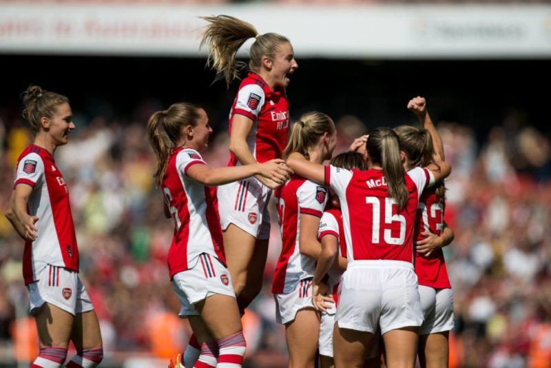 Beth Mead and the Arsenal team celebrate after scoring during the Barclays FA Women's Super League match between Arsenal and Chelsea at the Emirates Stadium, London on Sunday 5th September 2021. Copyright: MI News