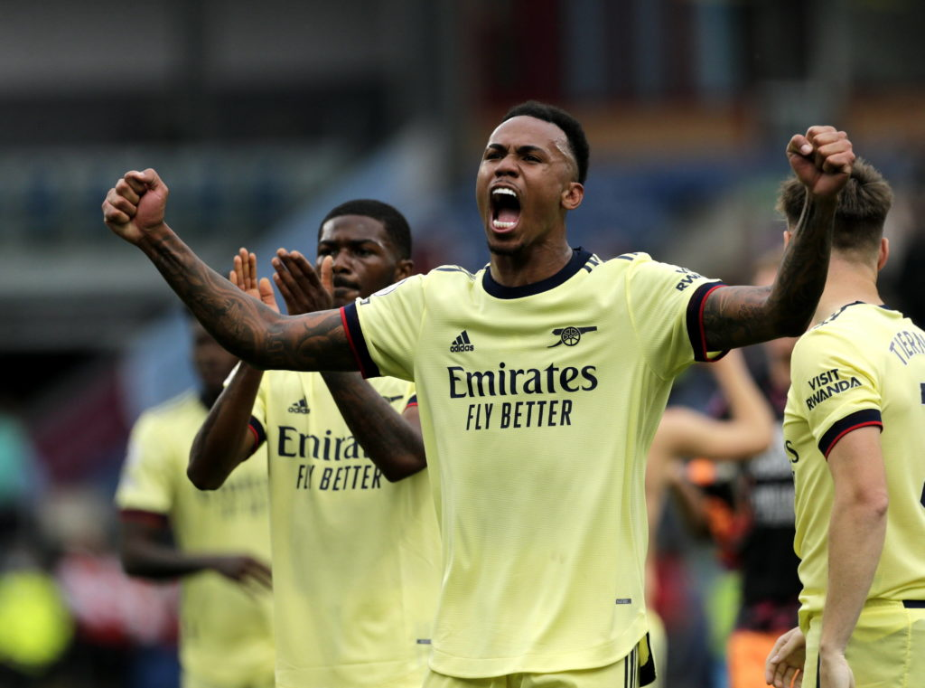 Gabriel of Arsenal celebrates his team's win after the final whistle after the game, at Turf Moor. COLORSPORT / ALAN MARTIN