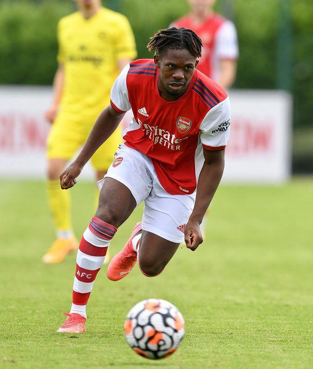 Tim Akinola with the Arsenal u23s (Photo via Akinola on Instagram)