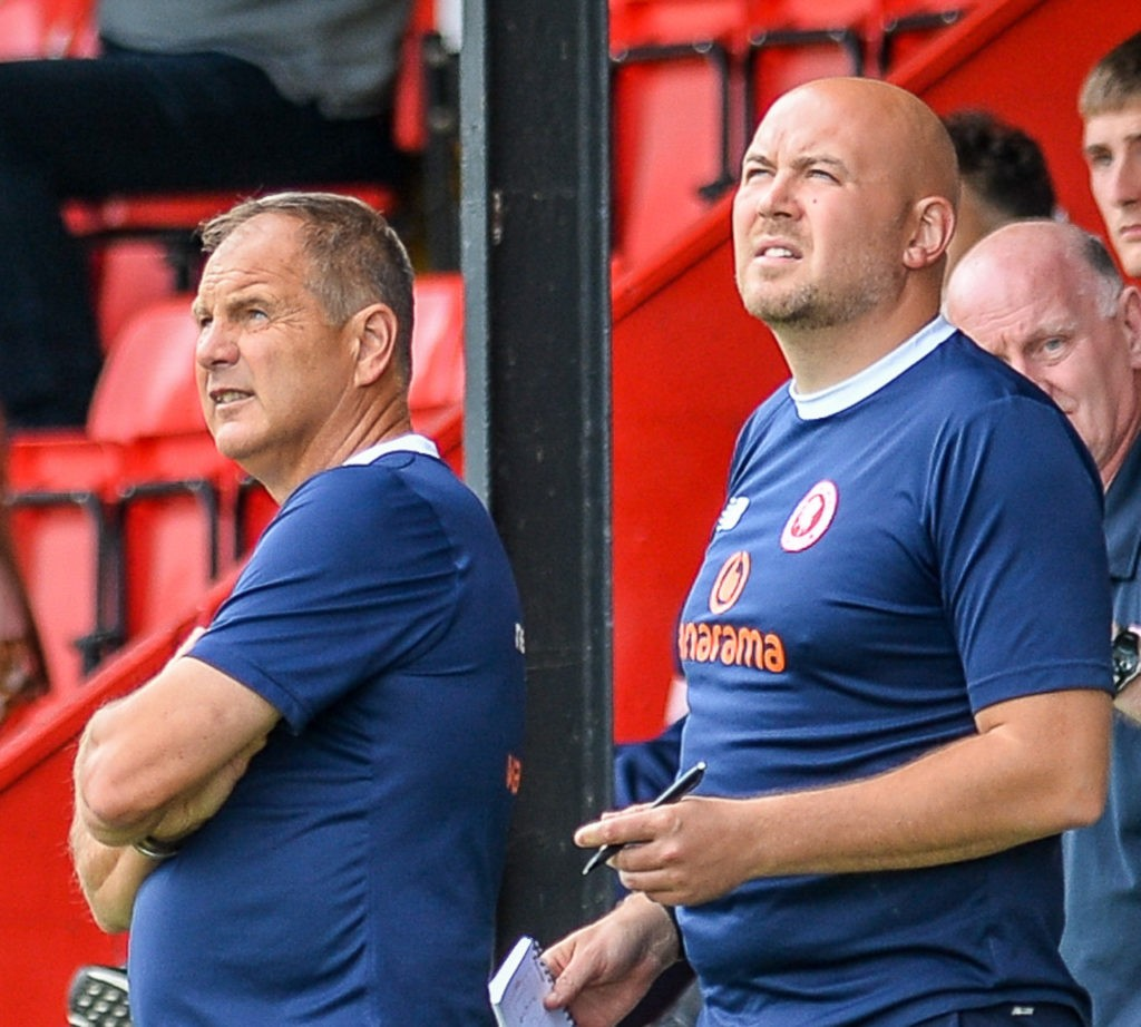 Steve Lovell and Tristan Lewis with Welling United (Photo via WellingUnited.com)