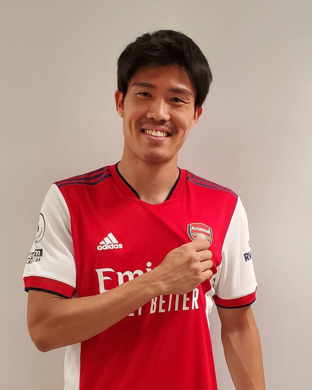 Takehiro Tomiyasu with Arsenal (Photo via Tomiyasu on Instagram)