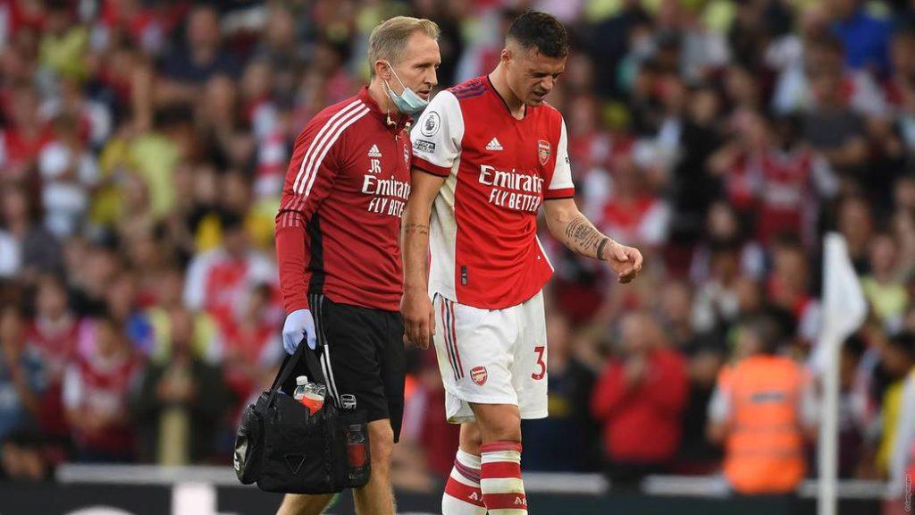Granit Xhaka after suffering an injury (Photo via Arsenal.com)