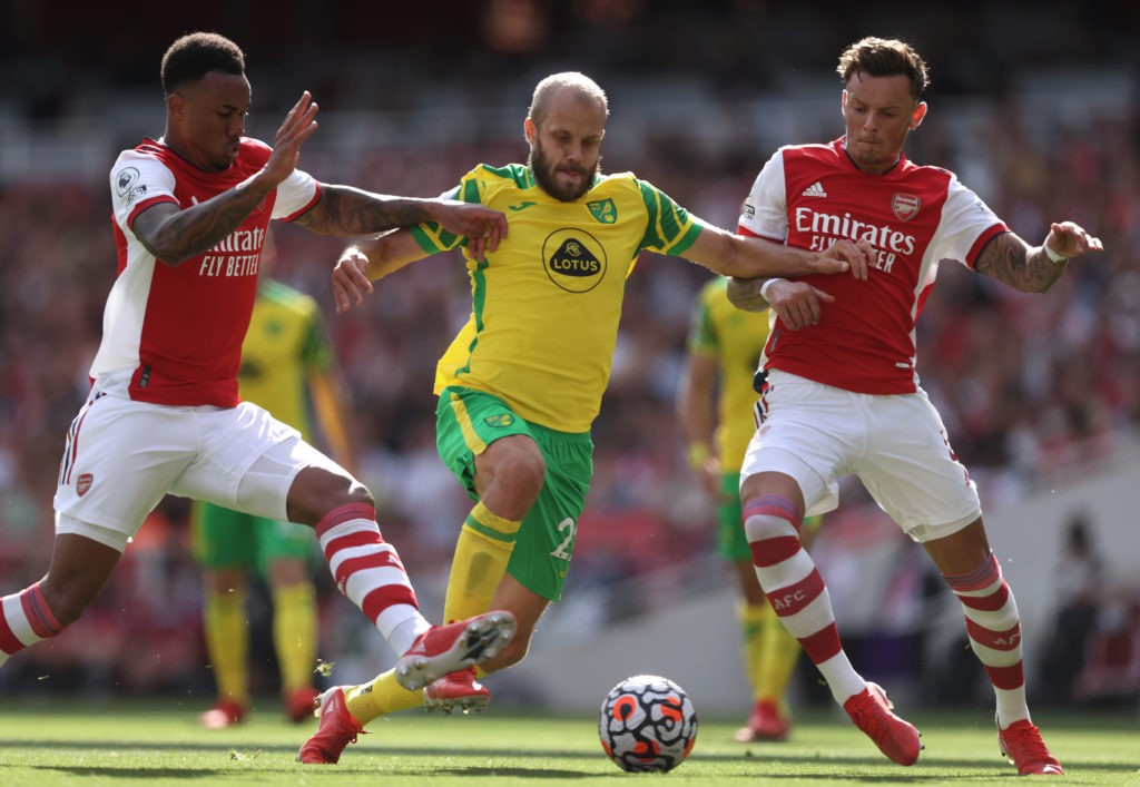 LONDON, ENGLAND: Teemu Pukki of Norwich City is shut out by Ben White and Gabriel Magalhaes of Arsenal during the Premier League match between Arsenal and Norwich City at Emirates Stadium on September 11, 2021. (Photo by Julian Finney/Getty Images)
